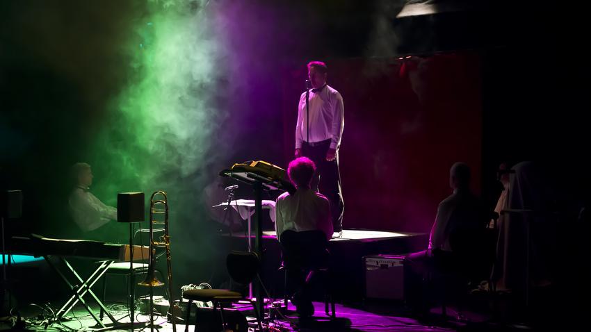 Μουσική στη Στέγη: Σκηνοθετημένη Νύχτα