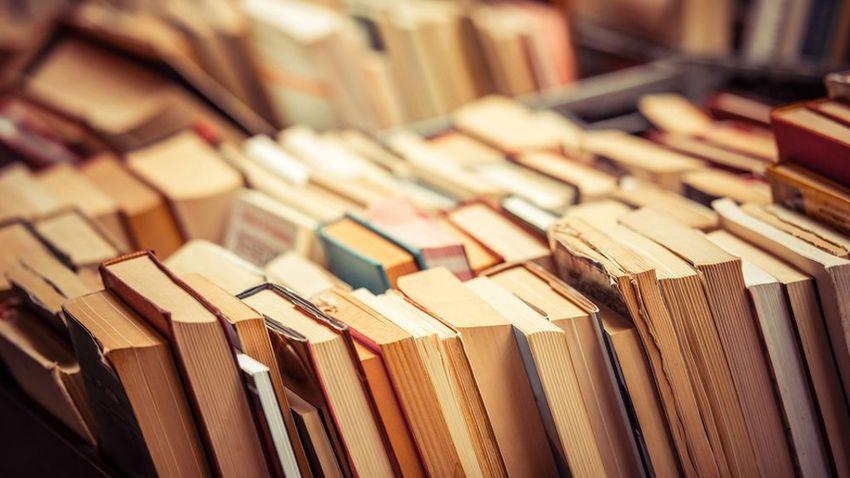 Bazaar βιβλίων και αντικειμένων του ΜΙΕΤ και του ΕΛΙΑ