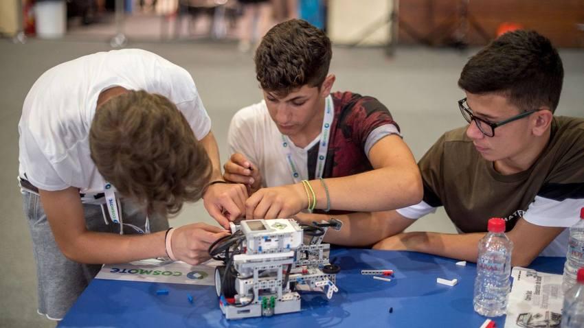 Πρόγραμμα STEM education στον Ελληνικό Κόσμο