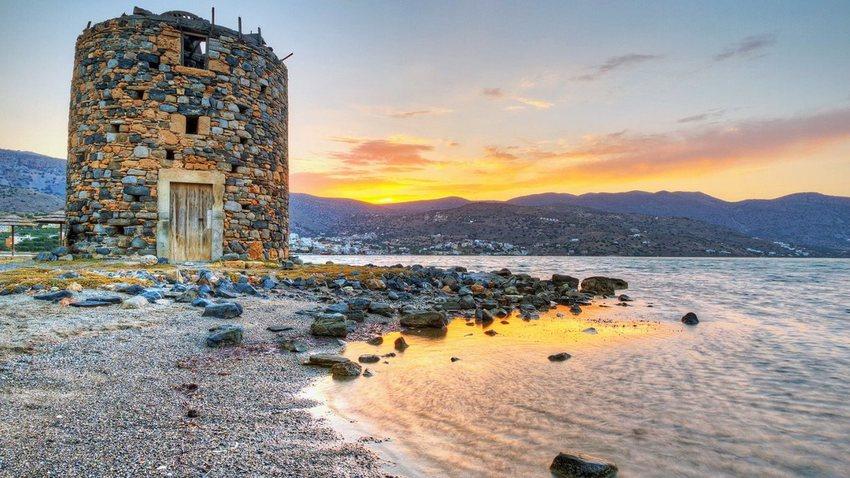 ΚΡΗΤΗ: Η Μεγάλη Συνάντηση & Toπικές Γεύσεις Ελλάδας