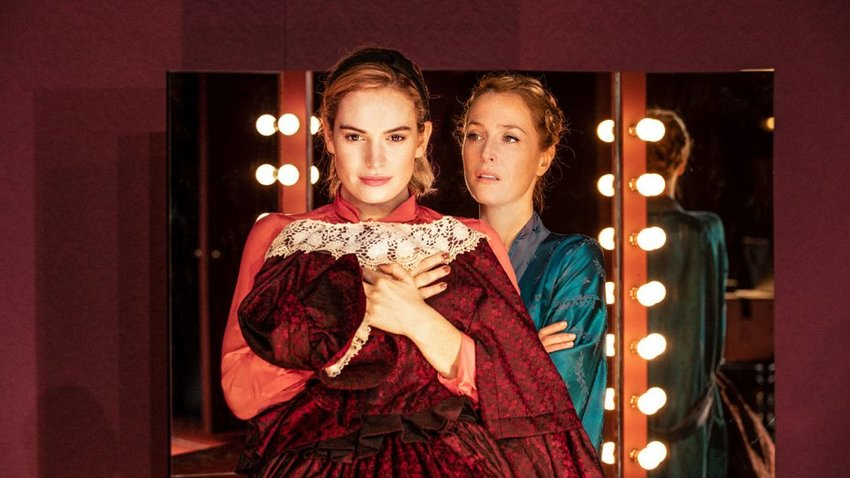 All about Eve με την Gillian Anderson και τη Lily James