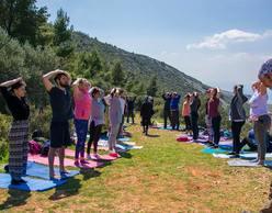 Πεζοπορία & Yoga στον Υμηττό