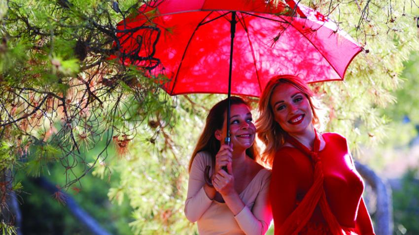 Το ταξίδι της κόκκινης ομπρέλας |10 τελευταίες παραστάσεις!