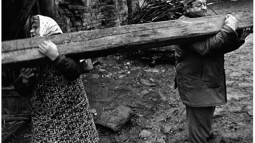 «ΑΝΑΣΚΟΠΗΣΗ - RETROSPECTION»  Έκθεση του Τσέχου φωτογράφου Jindřich Štreit