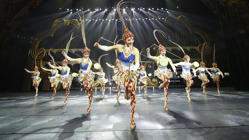 Το Εθνικό Θέατρο Ακροβατών της Κίνας στην Αθήνα!