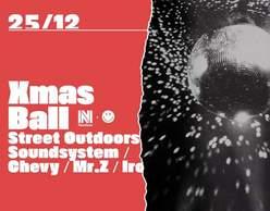 Xmas Ball: Needless x Street Outdoors at #sixdogs