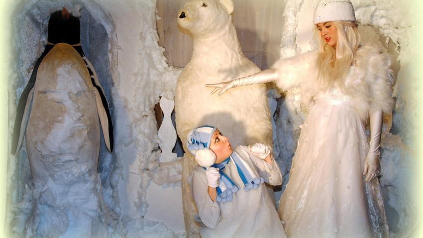 ΑΝΑΒΟΛΗ | Η Βασίλισσα του Χιονιού | Στο Από Μηχανής Θέατρο