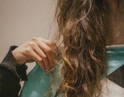 Velvet Room :: Δεσποινίς Τρίχρωμη & Johny Labele