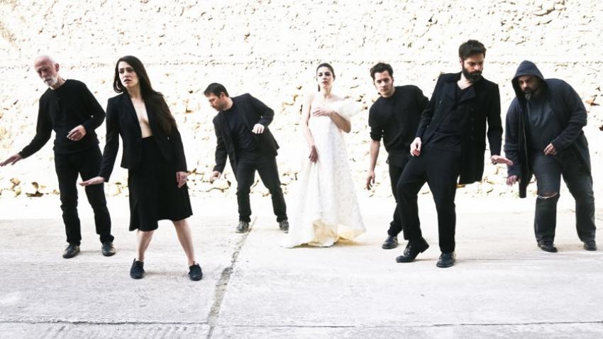 Η «Άφιξις» από την ομάδα ΠΥΡ στο youtube | Σκην: Ιω Βουλγαράκη