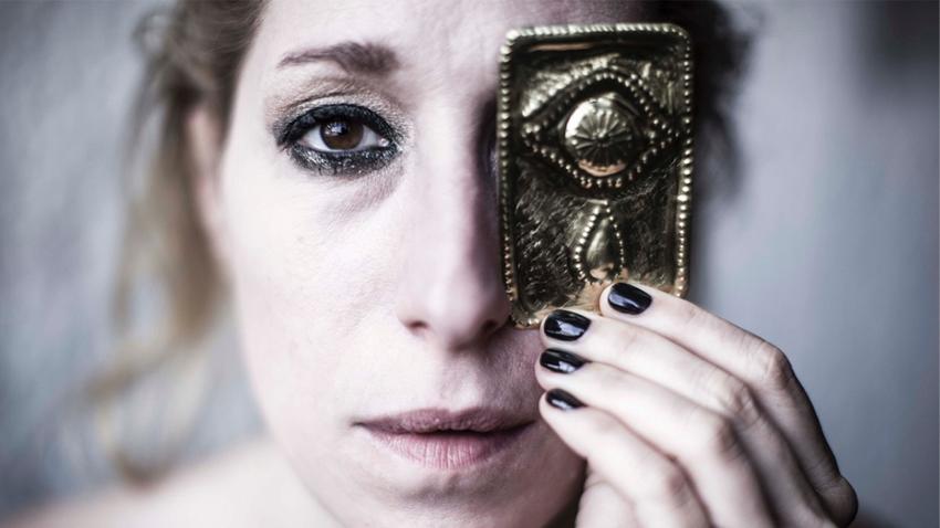 Το σκηνοθετικό έργο της Μάρθας Φριντζήλα online