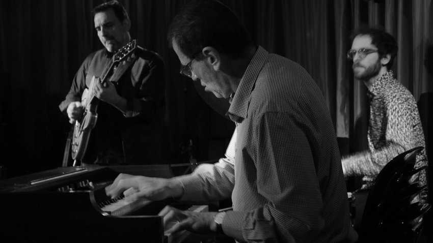 Jazz Chronicles | Stefanos Andreadis Flying Jazz Quartet