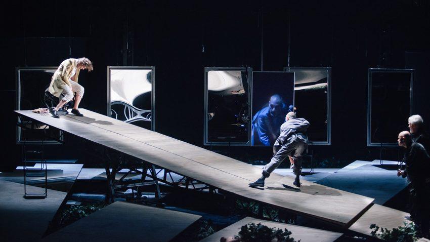 Καλιγούλας με τον Γ. Στάνκογλου | Δημοτικό Θέατρο Πειραιά