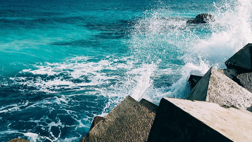 21 λυρικοί καλλιτέχνες δίπλα στη θάλασσα του Πειραιά!