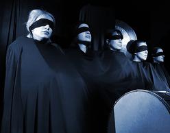 «Κρουστών Χρησμός για τον Οιδίποδα» από την Κοινότητα Τέχνης Ηχοποιοί