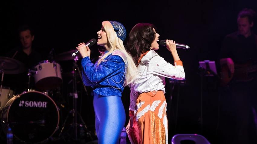 Abba Mania | Ένα live party κατευθείαν από το West End του Λονδίνου