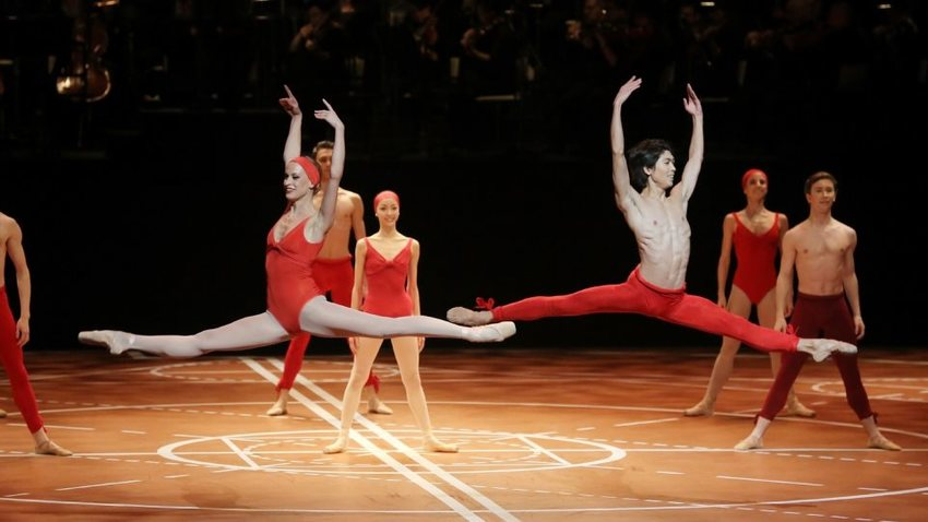 H χορογραφία του Μπεζάρ για την 9η Συμφωνία του Μπετόβεν