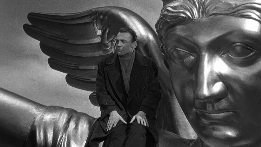 Τα Φτερά του Έρωτα (1987), του Wim Wenders