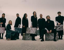 «Αυτοί που περπατούν στα σύννεφα» | Νέα παραγωγή από το Olvio