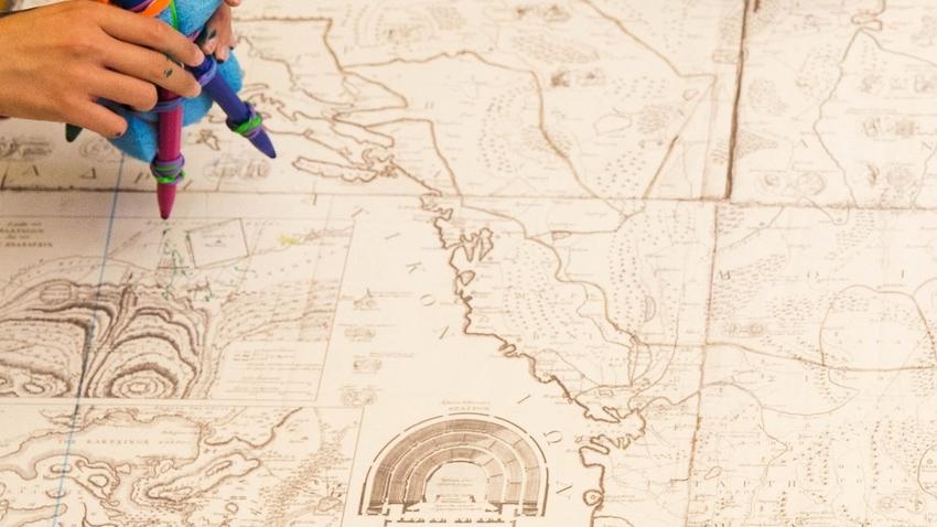 Ζωγραφήγηση: ταξιδεύοντας με τα σύμβολα και τους μύθους της Χάρτας του Ρήγα