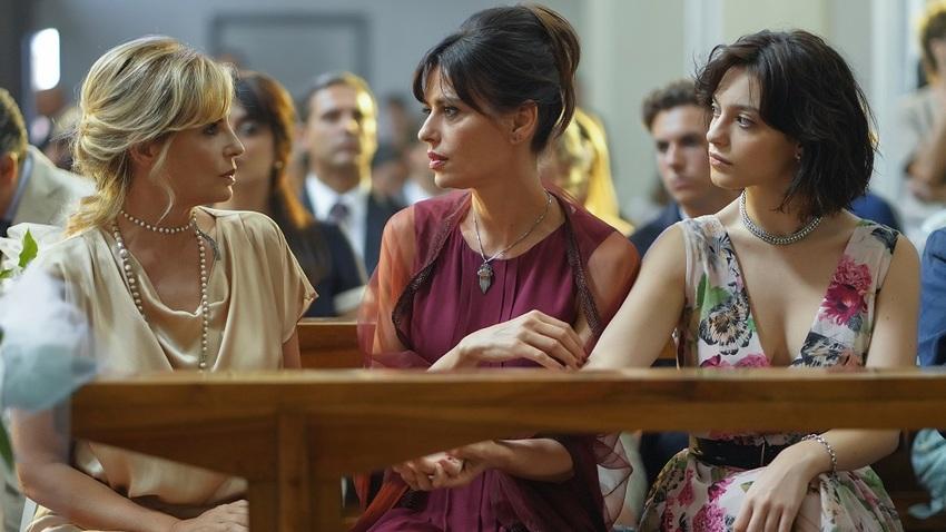 «Τρία υπέροχα κορίτσια» από την Ιταλία