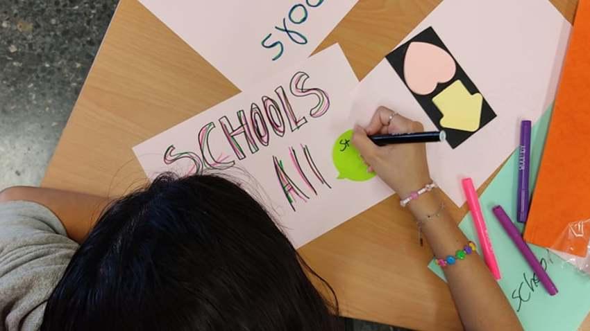 «Σχολεία για όλους» :: webinar για την εκπαίδευση προσφύγων στο ελληνικό σχολείο