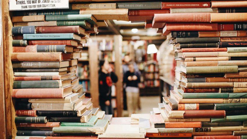 Summer Book Bazaar στο βιβλιοπωλείο Ars Nocturna!