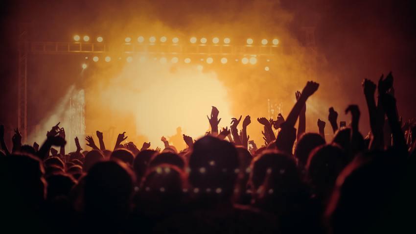 QUEEN, ELVIS PRESLEY, TINA TURNER, DAVID BOWIE | The «All-Legends Festival»