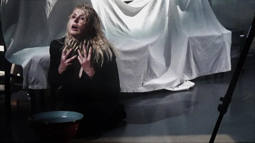 «Η Γυναίκα της Ζάκυθος» | σκην: Άντζελα Μπρούσκου