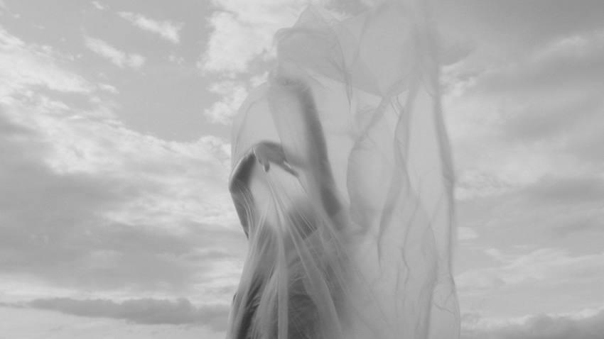 «Χορεύετε;» | Από τον θίασο Αντάμα