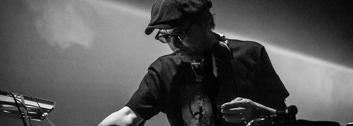 8 djs συνομιλούν με τον DJ KRUSH, λίγες μέρες πριν το live του!