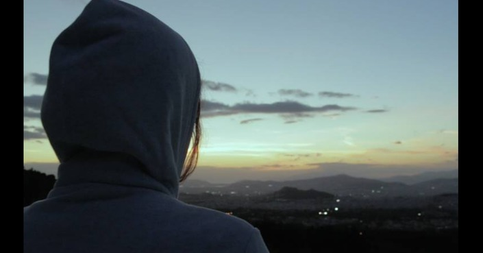 «Bourbon με γάλα»: η νέα ταινία του Πάρη Πατσουρίδη στο Indiegogo  Γίνετε μέρος μιας νέας δημιουργίας!