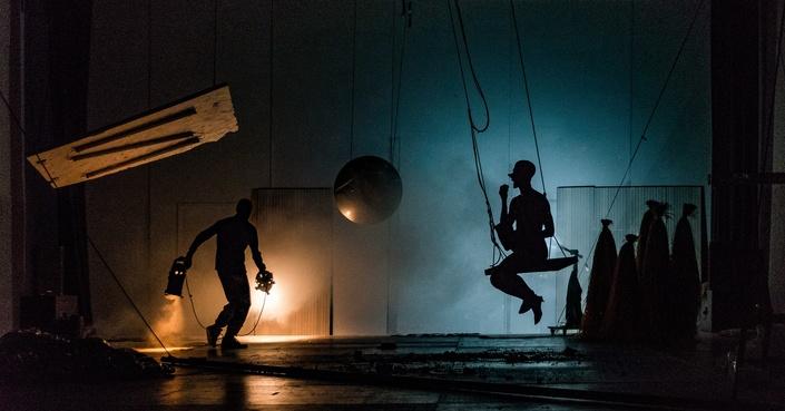 Είδαμε την performance «Τιτάνες» του Ευριπίδη Λασκαρίδη