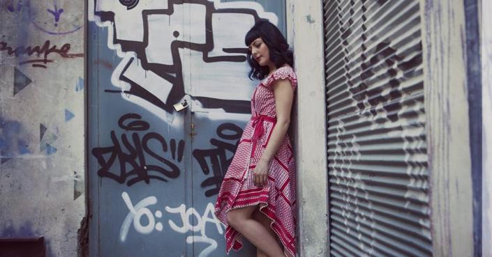 Αύγουστος στην Αθήνα / Νέο βίντεο και τραγούδι από την Αλεξάνδρα Κλάδη