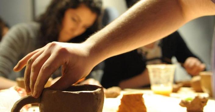 Νέοι κύκλοι μαθημάτων κεραμικής για ενήλικες  στο Μουσείο Κεραμικής