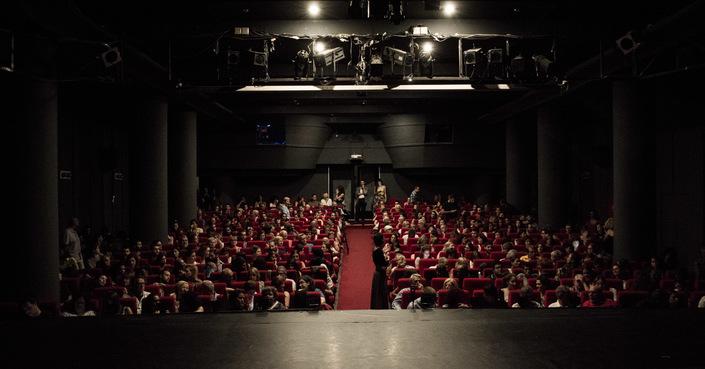 Το πρόγραμμα του θεάτρου Άλφα.Ιδέα για τη σεζόν 2018-2019