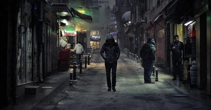 Walk Alone // μουσικές για βόλτες με τον εαυτό σου