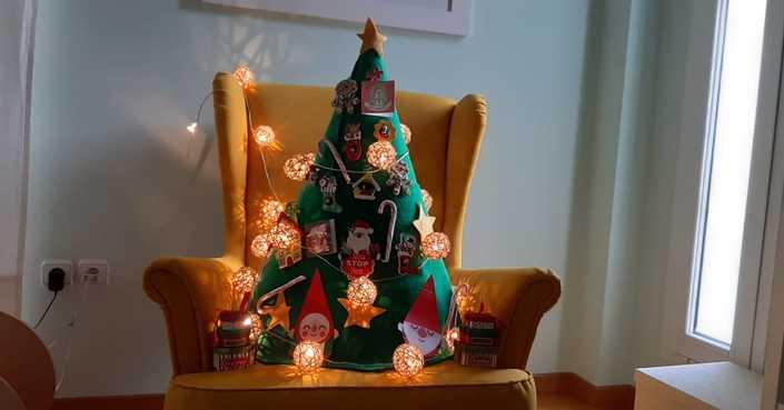 #MomAndTheCity Επιχείρηση //  DIY Χριστουγεννιάτικο Δέντρο