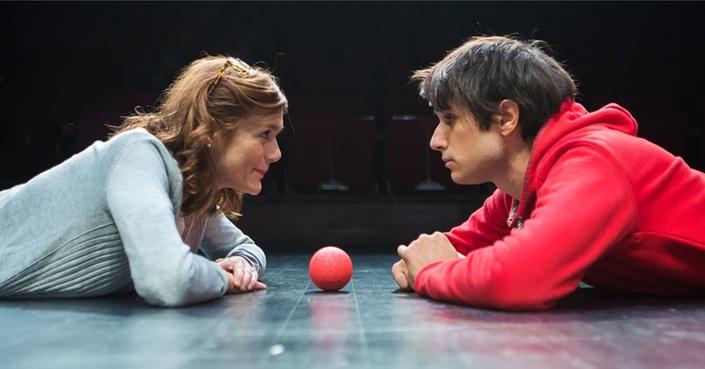 Η Αλεξάνδρα Αϊδίνη κι ο Γιάννης Νιάρρος μιλούν στο deBόp