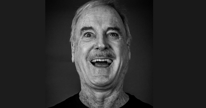 O John Cleese από τους Monty Python για πρώτη φορά στην Αθήνα!