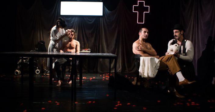 Είδαμε την παράσταση «Τα Δάση στα Γόνατα» | Θέατρο του Ν. Κόσμου