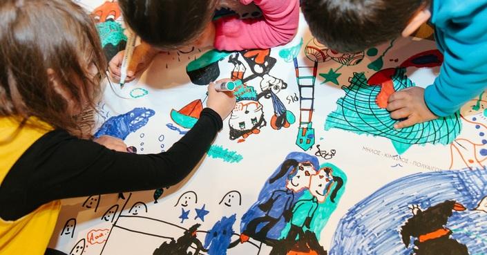 Φαντάσου τι κρύβει το λυχνάρι! |  H Έκθεση του διαγωνισμού ζωγραφικής.