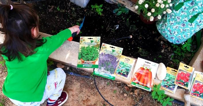 #MomAndTheCity :: Επιχείρηση Περιβαλλοντική αγάπη// Πόσο σημαντική είναι η κηπουρική για τα παιδιά;