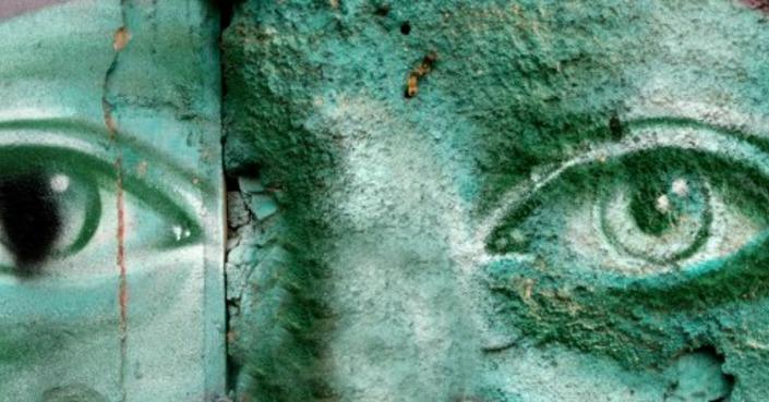 «Και οι τοίχοι έχουν μιλιά!» | Μια συζήτηση για τη Street Art με τον Παυσανία Καραθανάση και την Πολύνα Ξηραδάκη