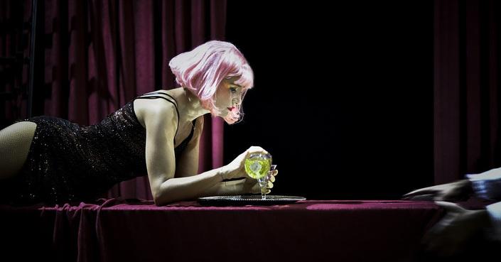 Είδαμε: «Lulu», σε σκηνοθεσία Γ. Χουβαρδά, μια αυθεντική femme fatale