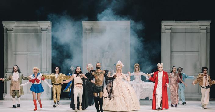 Είδαμε: «Το καινούργιο σπίτι» σε σκηνοθεσία Γιάννη Σκουρλέτη στο Εθνικό Θέατρο