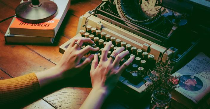 ΥΠΟΒΟΛΗ ΑΙΤΗΣΕΩΝ - 4ο Εργαστήριο Νέων Θεατρικών Συγγραφέων || ΙΜΚ