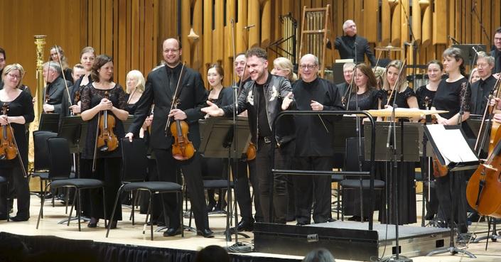 Δημήτρης Σκύλλας, «Kyrie Eleison» | Έρχεται στη Στέγη Ιδρύματος Ωνάση με την Κρατική Ορχήστρα Αθηνών