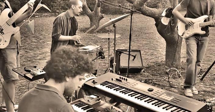 """Μόλις Κυκλοφόρησε το """"Prozac Youth"""", το άλμπουμ του ανερχόμενου συνθέτη Γιώργου Κωστόπουλου"""