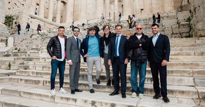 Το Hollywood έρχεται στην Ελλάδα; Μια υποσχόμενη συνάντηση.