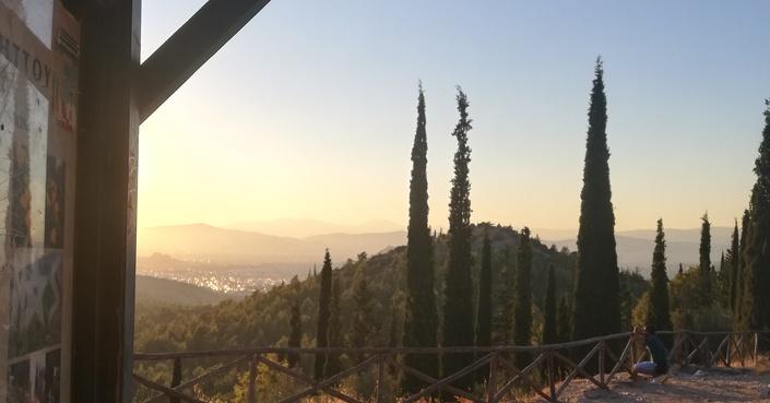 Ένας περιπατος στο Δάσος Καισαριανής | Ανοίγουμε βήμα σ' ένα από τα ομορφότερα σημεία της πόλης!